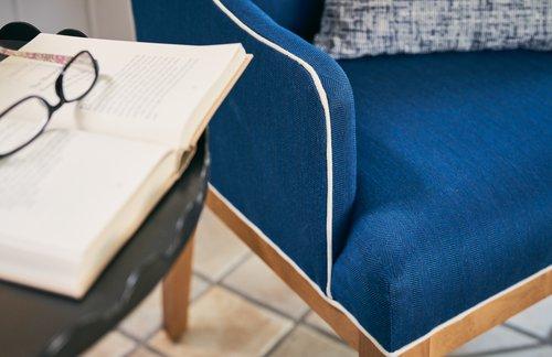 Veranda Host Chair detail