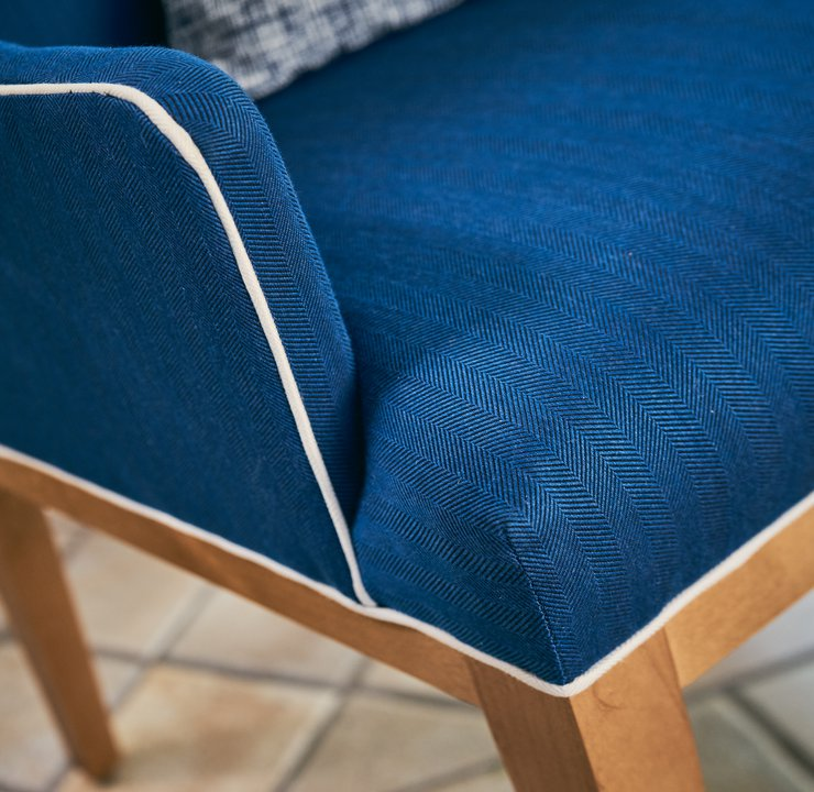 Layton Veranda Host Arm Chair detail