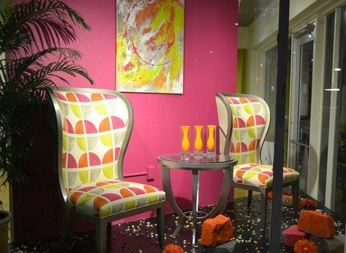 Front Window - Lockhart Host chair - 01-696 - 1907-40 - Grade J - Warm Silver Premium finish